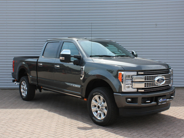 Ford USA F-250 PLATINUM 6.7L V8 2018 F250
